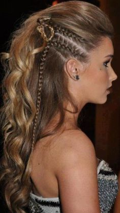 When a gal's gotta look her best, only the best fancy hairstyles will do! Check out these fancy hairstyles that'll make you look like a million bucks! Fancy Hairstyles, Braided Hairstyles, Braided Mohawk, Hairstyles 2016, Amazing Hairstyles, Pirate Hairstyles, Faux Mohawk, Viking Hairstyles, Wedding Hairstyles