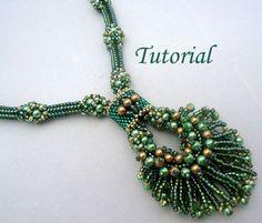 Tutorial Peacock Necklace