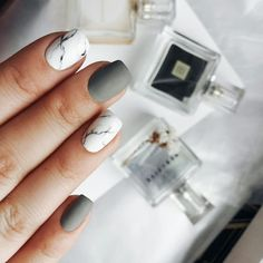 Winter Nail Designs 2017-2018: Cute and Simple Nail Art For Winter | LadyLife #Manicures