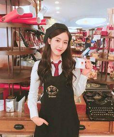 Sinb Gfriend, Gfriend Sowon, South Korean Girls, Korean Girl Groups, G Friend, I Love Girls, Entertainment, Korean Celebrities, Woman Crush