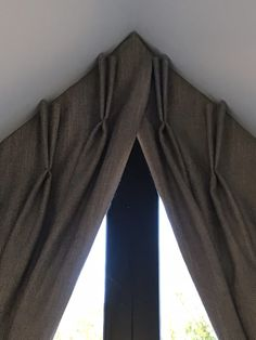 Overlap detail at centre of apex window treatment by Denton Drapes.