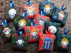 More geek Christmas ornaments!