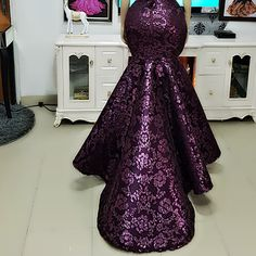 Image may contain: one or more people, people standing and indoor Nigerian Wedding Dresses Traditional, African Traditional Dresses, African Wear Dresses, Latest African Fashion Dresses, African Wedding Attire, African Attire, Latest African Styles, African Blouses, Ankara Gown Styles