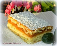 Historický koláč, známy aj obľúbený nielen v slov. Eastern European Recipes, Czech Recipes, Sweet And Salty, Food 52, Winter Food, Vanilla Cake, Baked Goods, The Best, Cheesecake