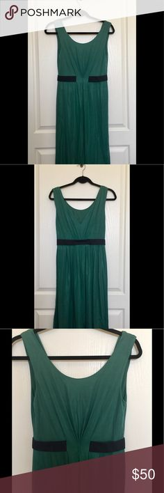 Philosophy Di Alberta Ferretti Sleeveless Dress Stunning green Philosophy di Alberta Ferretti sleeveless knee-length dress with scoop neck, contrasting bands at waist and zip closure at side. In EUC! Philosophy di Alberta Ferretti Dresses