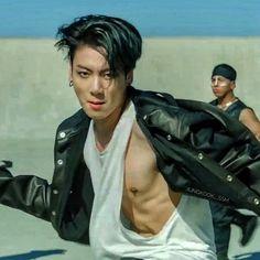 Jeon Jungkook Hot, Jungkook Abs, Jungkook Cute, Hoseok Bts, Foto Jungkook, Foto Bts, Jikook, Bts Comeback, Bts Summer Package