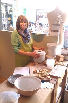 Vicky from 100% Bread very kindly helping our Canterbury branch demonstrate bread making techniques.