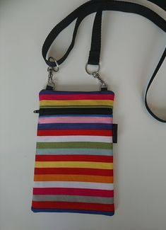 Raita kännykkälaukku Scrunchies, Printing On Fabric, Embroidery, Sewing, Prints, Bags, Handbags, Needlepoint, Dressmaking