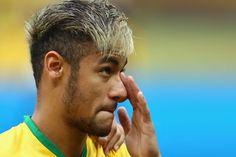 World Cup 2014 Haircut Neymar. Neymar Jr Hairstyle, Messi And Ronaldo, Mohawk Hairstyles, Hair Styles 2014, World Cup 2014, Sport, Haircuts For Men, Photos, Hair Cuts