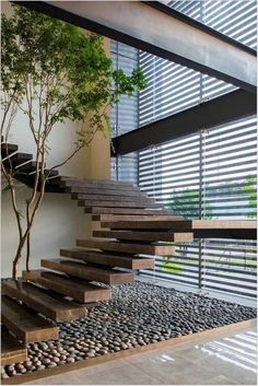 Top 10 Unique Modern Staircase Design Ideas for Your Dream House Most people dream of a big house with two or more floors. SelengkapnyaTop 10 Unique Modern Staircase Design Ideas for Your Dream House Home Stairs Design, Home Interior Design, Exterior Design, Interior Architecture, Stair Design, Interior Ideas, Staircase Design Modern, Luxury Staircase, Steel Stairs Design