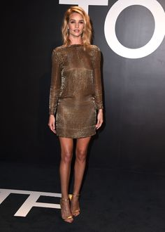 Tom Ford autumn/winter 15 show pictures collection | Rosie Huntington-Whiteley