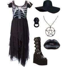 Witchy goth outfit