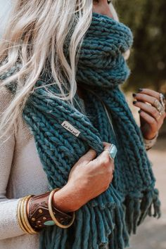 Paired Plaid Blanket Scarf - Blush Knitted oversized scarves, ponchos and cute wraps for women from Three Bird Nest. Shop our stylish selection for your da. Teal Scarf, Plaid Blanket Scarf, Scarf Shirt, Chunky Blanket, Chunky Knit Scarves, Oversized Scarf, Knitting Scarves, Scarf Styles, Ideias Fashion