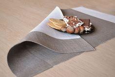 Дуплекс белье Placemats Luxury натурального льна серого цвета от LinenLifeIdeas