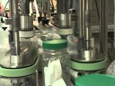 Automatic Large Cap Capping Machine