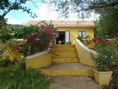 Bed & Breakfast, Land-house with Yoga-specials. Dorp Soto Offering a terrace and water sports facilities, Bed & Breakfast, Land-house with Yoga-specials. Is set in Dorp Soto, 27 km from Willemstad. Free private parking is available on site.  Certain units feature a seating area for your convenience.