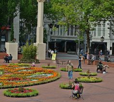 Festival of Flowers, Pioneer Courthouse Square, downtown Portland, Oregon Portland City, Downtown Portland, Portland Oregon, Cascade Mountains, Oregon Travel, Most Beautiful Cities, Ocean Beach, Pacific Northwest, Wyoming