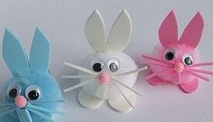 Cotton Ball Bunnies look very easy and quick to make. Good for using on short notice. easter kids crafts cut pom pom bunnies good for preschool 20 Do-It-Yourself Easter Crafts for Kids Pom-Pom bunnies - would be cute to make baby chicks or lambs too :) ju Easter Crafts For Toddlers, Bunny Crafts, Easter Activities, Easter Crafts For Kids, Toddler Crafts, Easter Ideas, Rabbit Crafts, Children Crafts, Holiday Activities