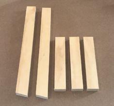 DIY Mini Ladder - Tea Towel Holder Diy Ladder, Diy Blanket Ladder, Small Ladder, Ladder Display, Woodworking Projects Diy, Diy Wood Projects, Woodworking Beginner, Woodworking Bench, Wood Crafts