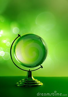 chasingrainbowsforever:  Green  ♥