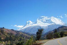 Jour 2 : Balade et vue splendide sur le Nevado Pastoruri et son glacier