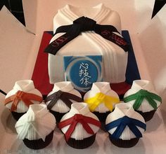 Black Belt In Cake Decorating  Buns On Seats picture 34057