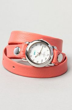 i've wanted a la mer watch for forever. this might be the perfect way to rock the orange trend.