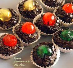 Εύκολα σοκολατένια τρουφάκια μπισκότου - cretangastronomy.gr Muffin, Food And Drink, Breakfast, Desserts, Morning Coffee, Tailgate Desserts, Deserts, Muffins, Postres