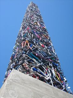 The sculpture, which resides in Santa Rosa, California, was built by artists Mark Grieve and Ilana Spector, and cost $37,000 to build. That's a lot of Schwinn.