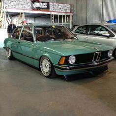 BMW E21 3 series green slammed