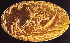 In this gold ring from the shaft-grave IV of Mycenae the warriors fighting in central position seem equipped respectively with an A Type sword (the warrior on the right side) and a B type sword (the warrior on the left side).