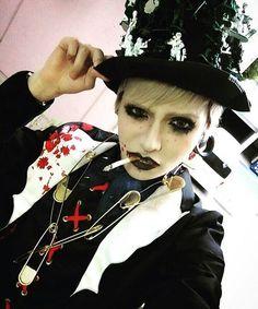 Atsuki cosplaying Yutori (Pentagon) Atsuki's Twitter's Update ■■■■■ #pentagon #ペンタゴン #pentagonatsuki  #atsuki #atsukipentagon #篤輝 #visualkei #vkei #visualkeiband #ヴィジュアル系 #v系 #日本 #japan #jrock #jrocker