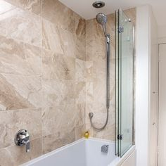 Keep shower-time splashes at bay with these bath shower screens. We've chosen our top screens for your tub, with tips on what to look for before you buy