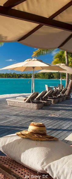 Brilliant Luxury * St.Regis Bora Bora Resort