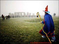 stonehenge.jpg 470×350 pixels