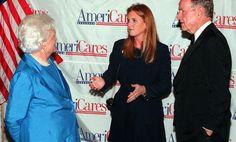 Barbara Bush, con George H. W. Bush e la Duchessa di York Sarah Ferguson