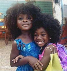 Curly short hair styles always look adorable on little girls. As a result, we see many young girls sport curls. And since children do not take much care of Cute Black Babies, Beautiful Black Babies, Brown Babies, Black Kids, Beautiful Children, Cute Babies, Beautiful People, Precious Children, Black Women