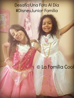Las #PrimasCool jugando a las princesas y al atuendo de Sofía. #ad #DisneyJuniorFamilia #UnaFotoAlDía #LaFamiliaCool