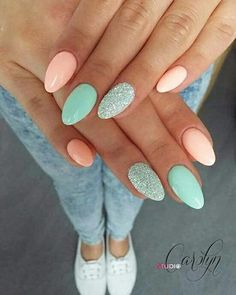 Semi-permanent varnish, false nails, patches: which manicure to choose? - My Nails Best Acrylic Nails, Summer Acrylic Nails, Summer Nails, Fall Nails, Acrylic Nails Pastel, Stylish Nails, Trendy Nails, Cute Nails, Hair And Nails