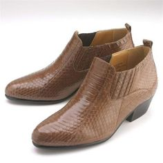 Check out this brown boots for only US $139.Buy more save more. Buy 3 items get 5% off, Buy 8 items get 10% off.