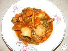 Romanian Food, Thai Red Curry, Pork, Ethnic Recipes, Sweet, Fine Dining, Kale Stir Fry, Candy, Pork Chops