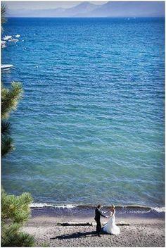 Planning on renewing our vows on our 10 year this summer at Lake Tahoe Places To Travel, Travel Destinations, Places To Go, Wedding Locations, Wedding Venues, Wedding Ideas, Vintage Country Weddings, Destination Wedding Inspiration, Lake Tahoe Weddings