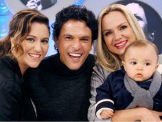 Maria Rita, João Marcelo (filhos), Eliana (nora) e o neto, linda descendência de Elis Regina.