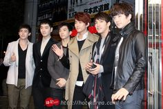 [PRESS] #22112012 – 2PM VISITS TOWER RECORDS SHIBUYA STORE JAPAN ⓒHOT-KOREA http://hot-korea.com