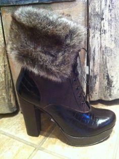 Spazio Moda leather boots
