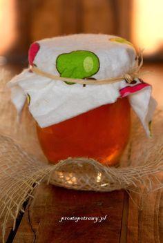 Proste Potrawy: Winko św. Hildegardy odnawiające organizm My Favorite Food, My Favorite Things, Juice Plus, Sugar Free Desserts, Polish Recipes, Irish Cream, Christmas Stockings, Remedies, Food And Drink