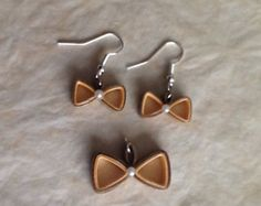Quilling earrings by Quillingdibavalem on Etsy