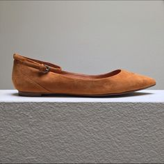 Madewell Suede Two-Piece Ankle Skimmer Classic and versatile pointed toe suede skimmer flat in amber brown. Ankle strap is removable, so these can also be worn as a slip-on flat! Practically new condition: never worn outside the house. Madewell Shoes Flats & Loafers