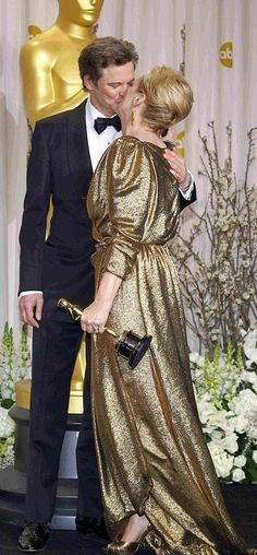 Colin Firth kissing Meryl at the 2012 Oscars
