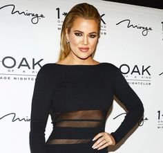 Khloe Kardashian defended herself after she was accused by astute Twitter observers of not downloading her sisters' apps on her phone.